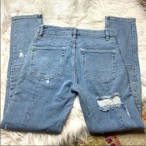ASOS Distressed Worn Skinny Jeans Light Wash 28